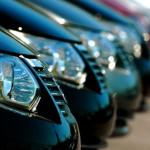 Tips sewa mobil dengan supir